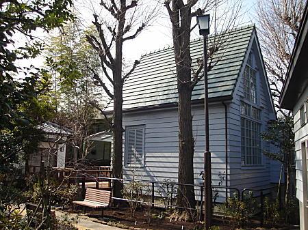佐伯祐三アトリエ記念館2010.jpg